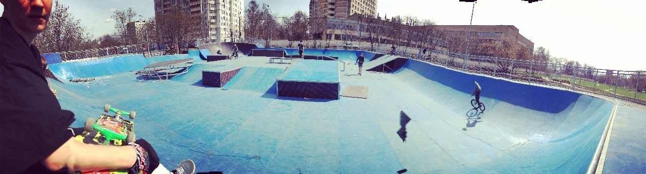 Московские скейтеры склонили головы в знак благодарности Мэру Москвы