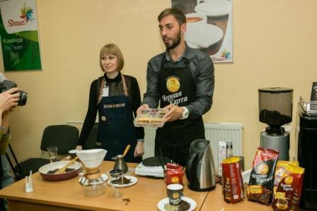 Участники экскурсии на российской фабрике Strauss увидели, как делают кофе