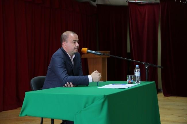 Андрей Дунаев посоветовал жителям Ивановского поселения стать внештатными сотрудниками Госадмтехнадзора