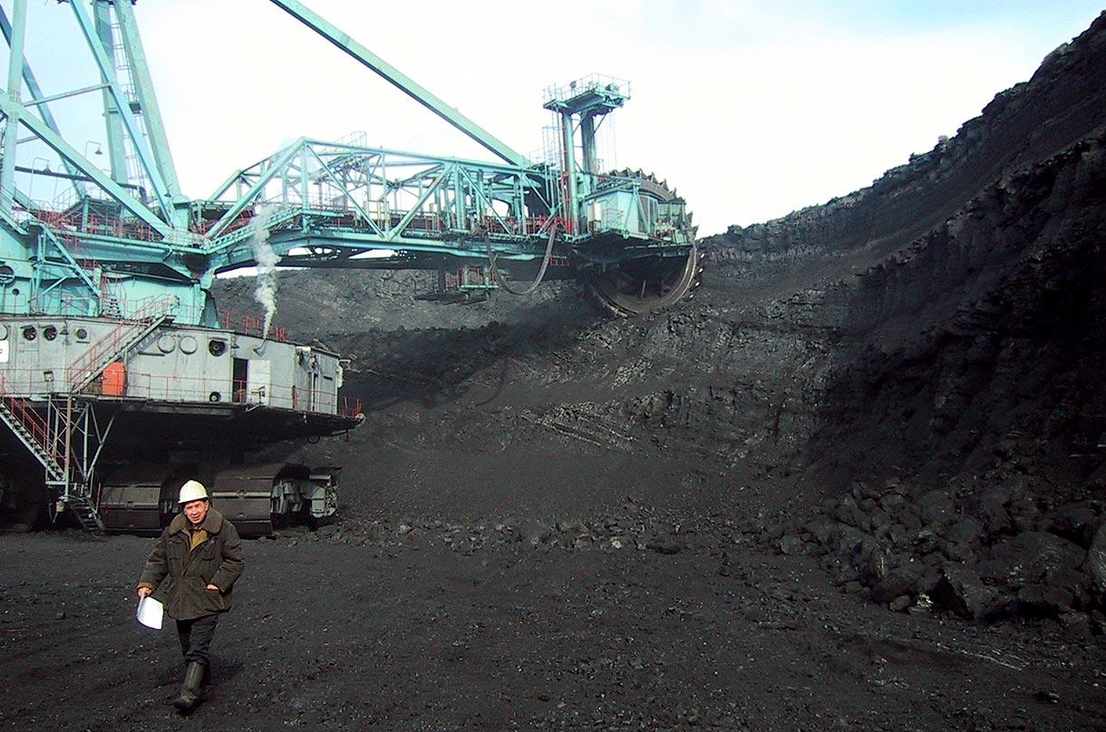 Сергей Меняйло и Аман Тулеев оценили современные технологии угледобычи на шахте СУЭК