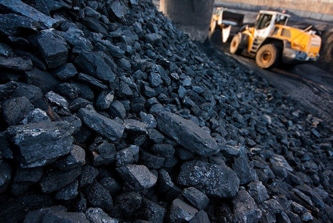Бригадой Евгения Косьмина на шахте им. Ялевского добыта пятимиллионная тонна угля — АО «СУЭК-Кузбасс»