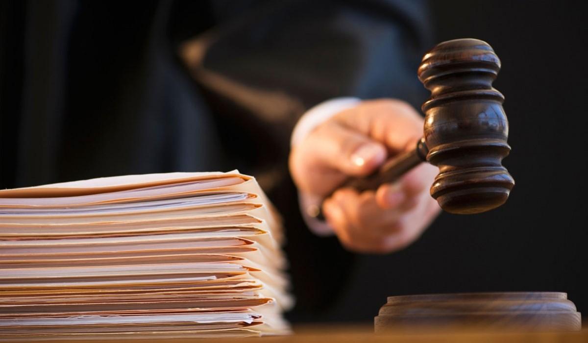 Суд продлил арест олигарха Пинкевича до 12 января 2018 года