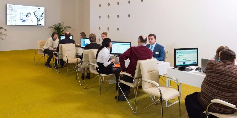 Владимир Ефимов сообщил, что столичные жители и предприниматели стали чаще оформлять кредиты