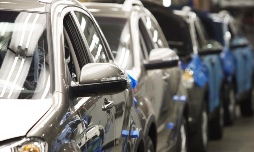 Владимир Ефимов: в столице продолжает расти объем продаж легковых авто