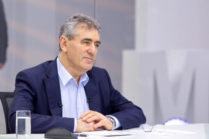 Исаак Калина будет отвечать на вопросы московских педагогов в прямом эфире МосОбрТВ