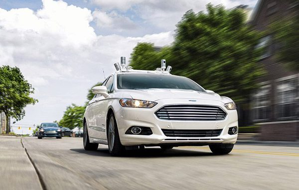 К 2020 году на производствах Москвы появятся беспилотные автомобили — Владимир Ефимов