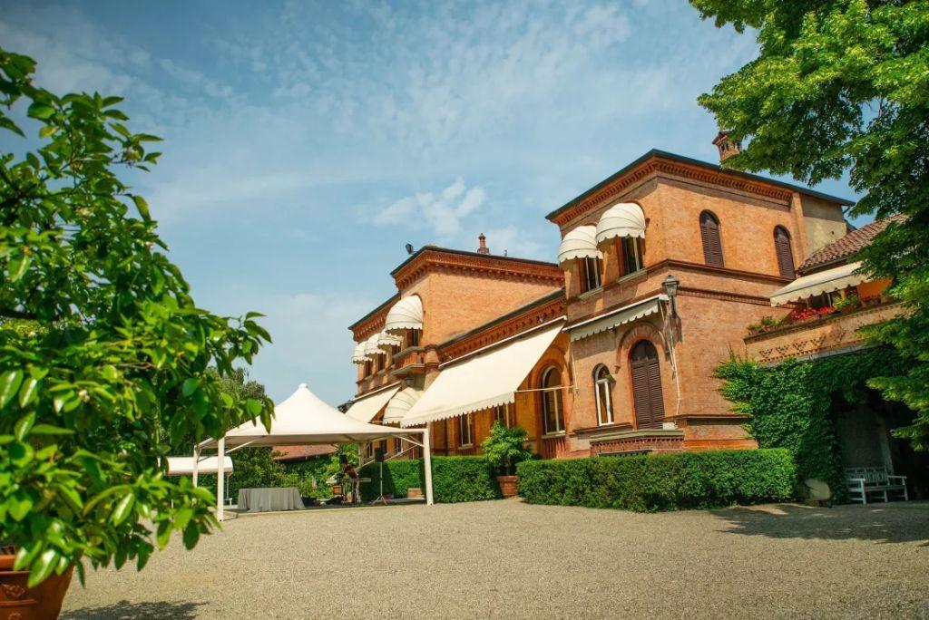 Concierge Auctions продает с аукциона итальянскую усадьбу в Пьемонте