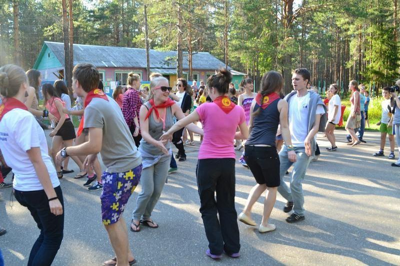 СУЭК Андрея Мельниченко организовала оздоровление 66 детей в ДОЦ «Поляна»