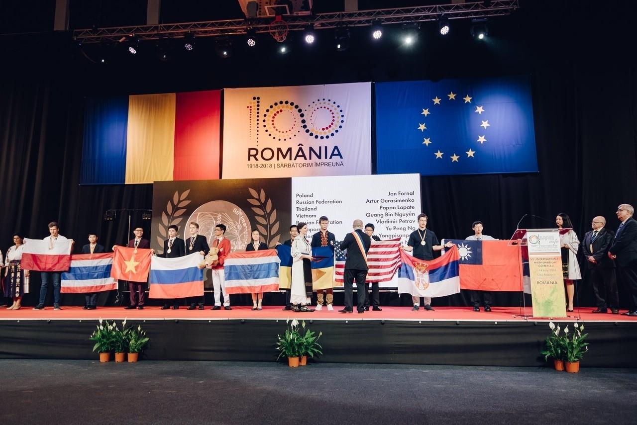 Исаак Калина поделился мнением об успехе московских школьников на Международной математической олимпиаде