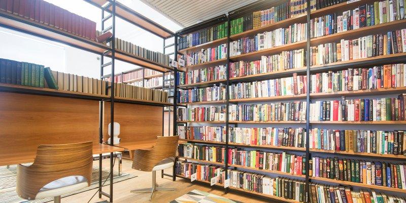 Наталья Сергунина рассказала, какие книги чаще всего берут в библиотеках Москвы
