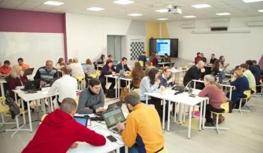 В финал московской олимпиады «Новый учитель новой информатики. Перезагрузка – 2019» прошли 30 школьных учителей