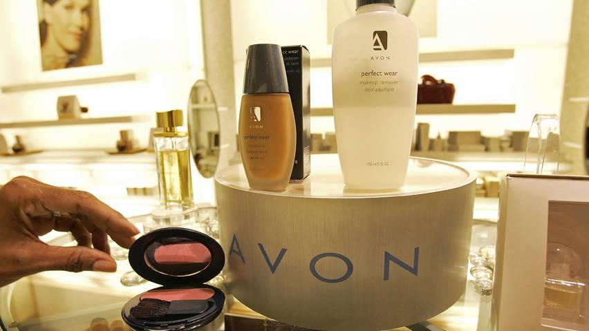 Natura & Co сообщила о поглощении компании Avon