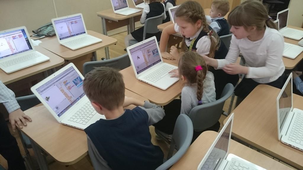Школьников из столицы научат делать компьютерные игры