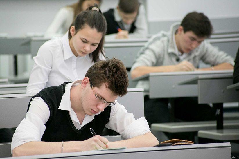 Исаак Калина рассказал, как характеризуется качество образования в Москве в зависимости от наличия в школах победителей олимпиад