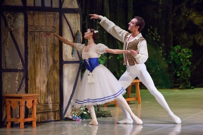 Гастрольный тур в Твери спектаклем «Жизель» откроет театр «Русский балет»