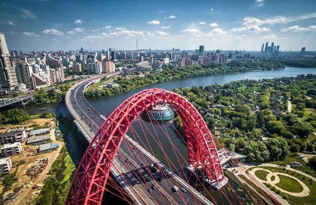 С помощью значительных налоговых послаблений инвесторы запускают в Москве многомиллиардные проекты