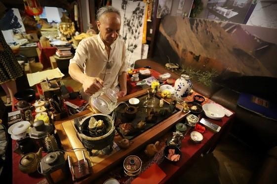 На китайскую чайную церемонию приглашает Современный музей каллиграфии