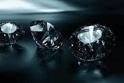 Более 500 000 бриллиантов на выбор для удовлетворения самых искушенных желаний – Diams