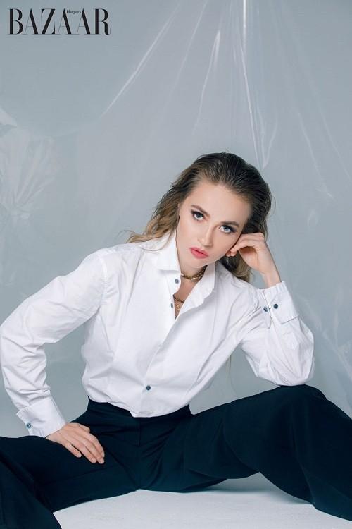 В интервью Harper's Bazaar Vietnam о своей жизни и карьере рассказала Ellen Alexander
