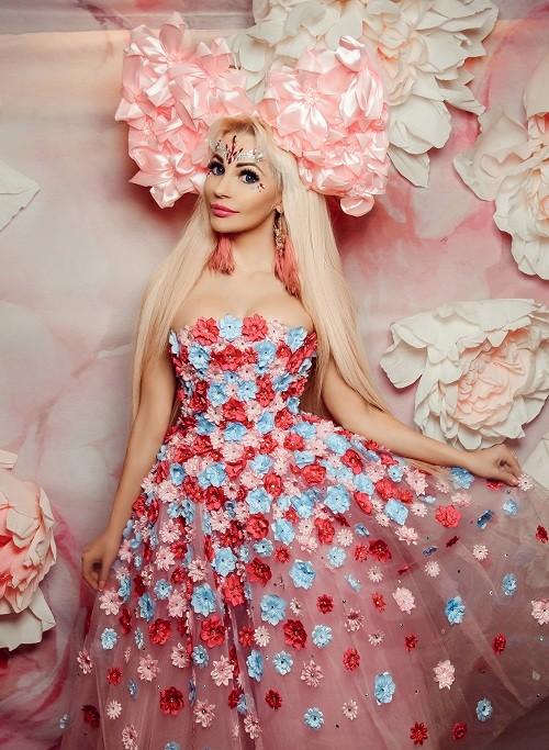 Бренд КУКЛА ТАНЯ от Русской Барби покорил зрителей в Музее моды
