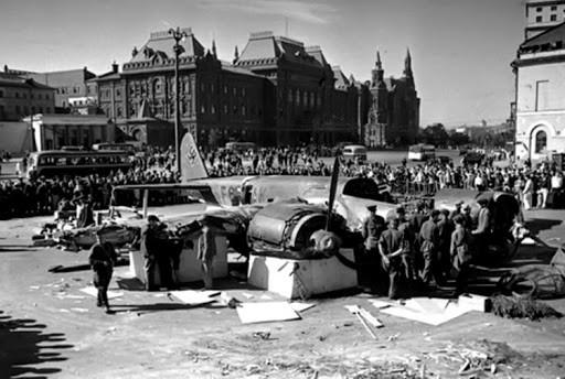Наталья Сергунина: архивные фото послевоенной Москвы на платформе #Москвастобой передают  атмосферу города-героя