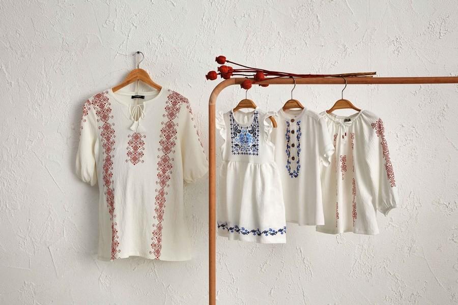 Ко Дню румынской блузы LC Waikiki представила специальную семейную коллекцию