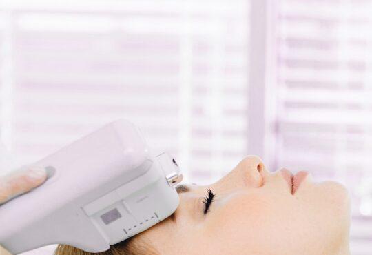 SMAS-лифтинг – быстрая и эффективная процедура омоложения кожи