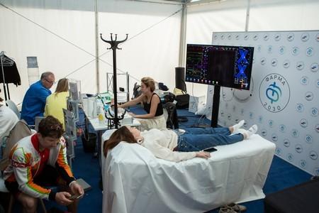В Лужниках задействовали инновационный комплекс «Симона» для проверки здоровья триатлонистов